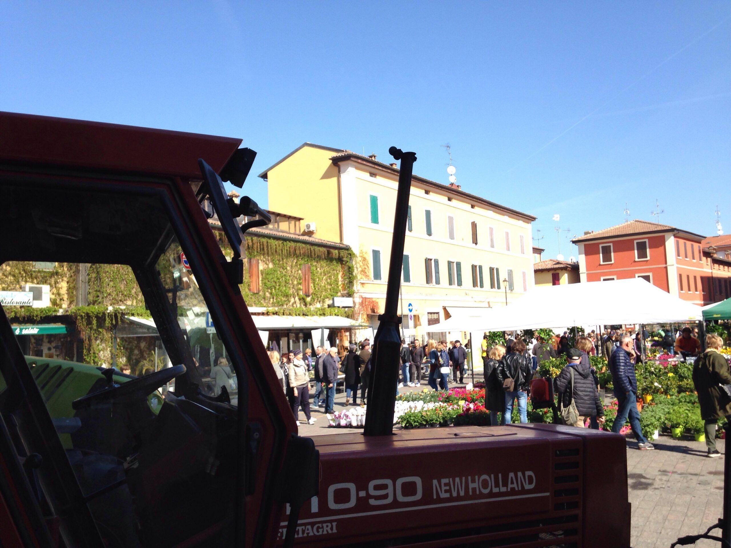 http://prolocosanpietroincasale.it/wp-content/uploads/2021/06/trattori-scaled.jpg
